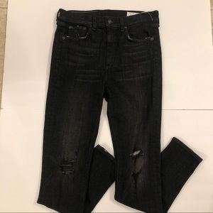 Rag and Bone NWT $250 Back Ripped Jeans size 28